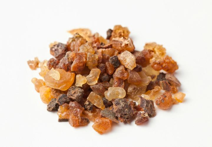 Myrrh: Uses, Health Benefits,Precautions