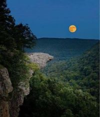 The harvest moon rising behind Hawksbill Crag Upper Buffalo River Wilderness - Ozark National Forest