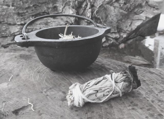 cauldron1