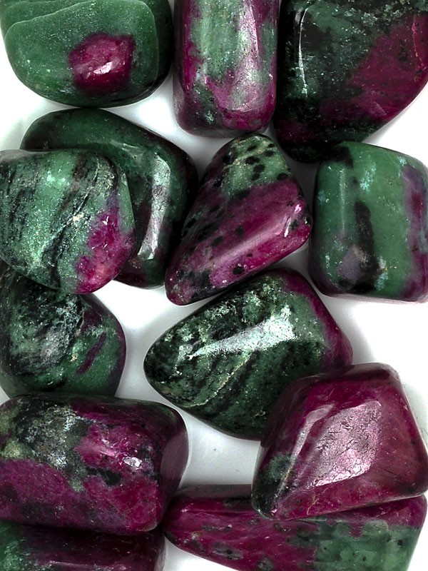 THE IMMORTAL BEAUTY STONE: ZOISITE